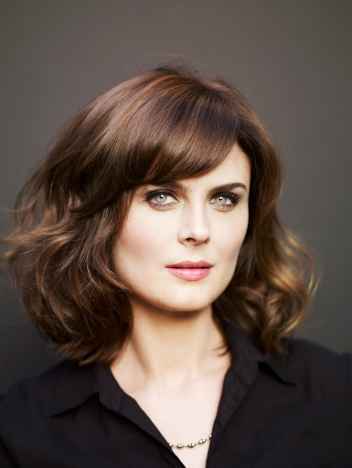 emily-deschanel-headshot-2-2